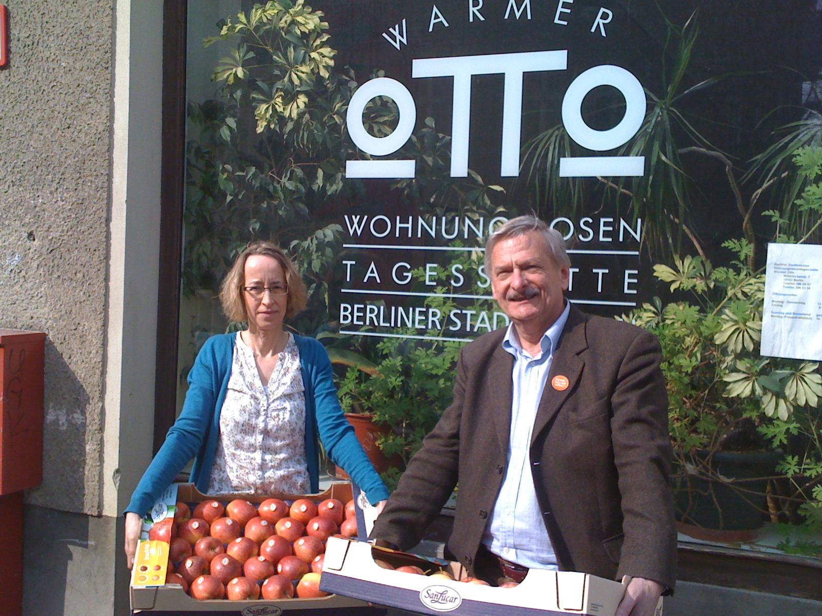 Volker Liepelt und Dorothea Benbelgacem, Mitarbeiterin im \
